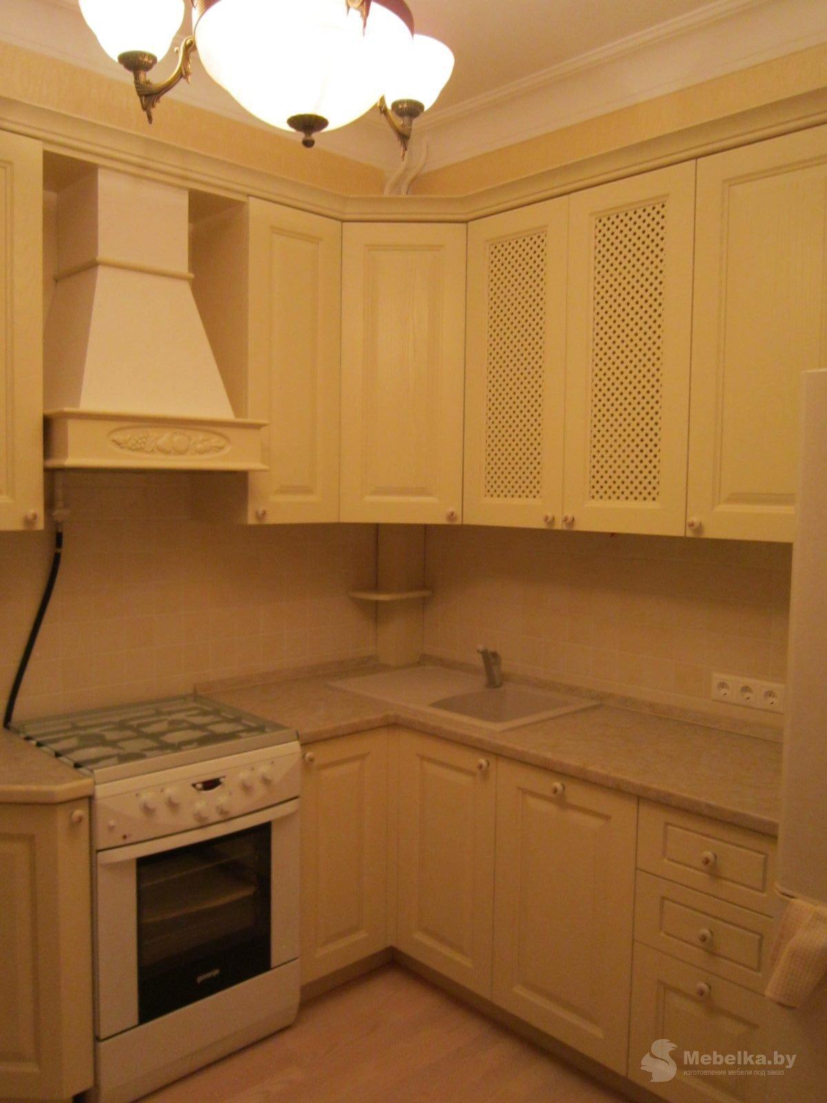 Классическая угловая кухня, третий вид