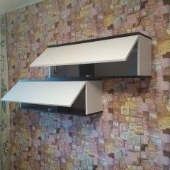 Подвесные шкафчики для книг. Вид 2