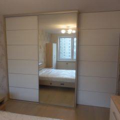 Шкаф-купе в спальне, второй вид