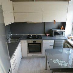 Маленькая угловая кухня