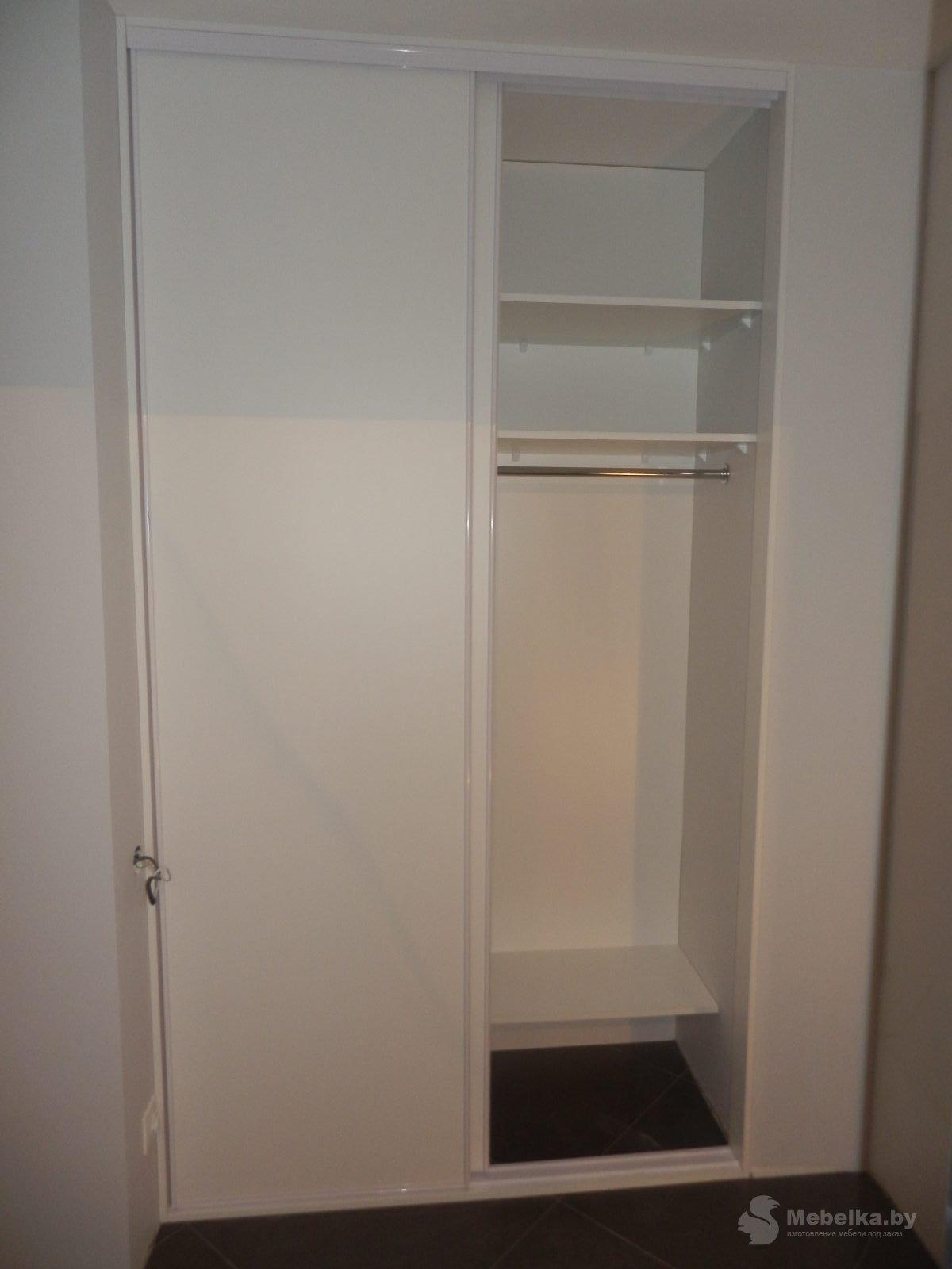 Отделение гардеробной для верхней одежды