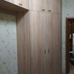Угловой шкаф с антресолью. Вид 2