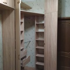 Угловой шкаф с антресолью. Вид 3