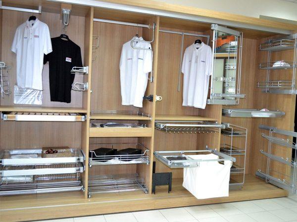 Правильный выбор комплектующих для шкафа-купе