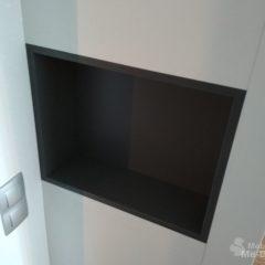 Белый шкаф-купе с нишами (2)