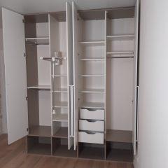Распашной шкаф с нишами внизу (3)