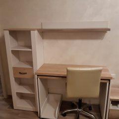 Раздвижной стол со стеллажом в дополнение к фабричному комплекту мебели (2)