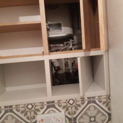 Шкафчик в санузел с люком для комуникаций (1)