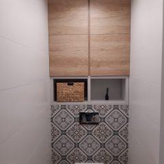Шкафчик в санузел с люком для комуникаций (5)