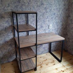 Стол со стеллажом на металлическом каркасе (7)