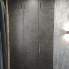 Встроенный шкаф Бетон Чикаго темно-серый (1)