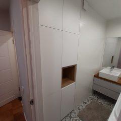 Встроенный шкаф в ванной (1)