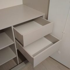 Встроенный шкаф. Серый глянец (крашеный МДФ) (5)